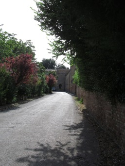 The path to the convent