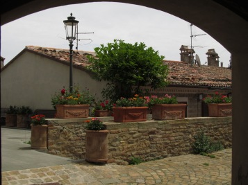 A view on a street in Fiorenzuola