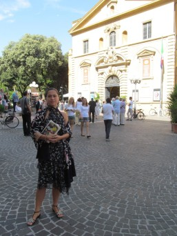 In front of the Rossini theatre