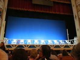 Empty stage before the beginning of 'Il Viaggio a Reims'