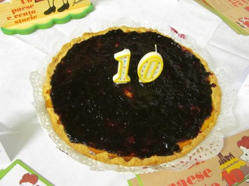 Home-made crostata pie to celebrate Dirce's 10th birthday