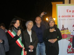 The mayor of Tavullia, Ida, Alberto (president of Pro Loco) and Cristina