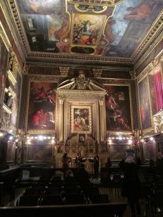 Chiesa Nome di Dio - the inside