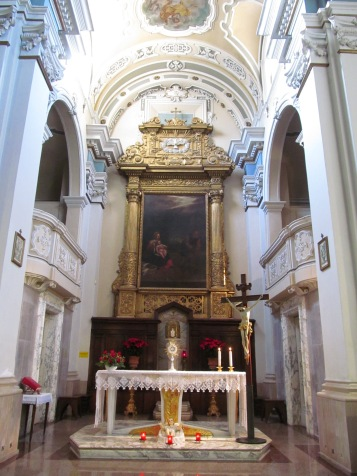 San Giuseppe church - the altar