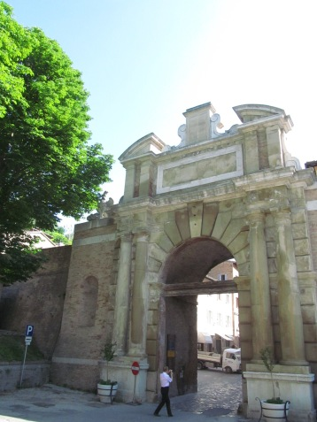 Valbona arch - the entrance gate to Urbino