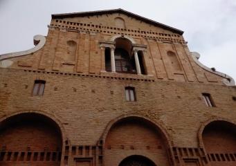 San Giovanni church - façade in via Passeri